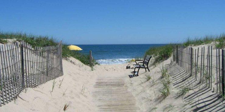 Amagansett Beach, The Hamptons (photo courtesy of businessinsider.com)
